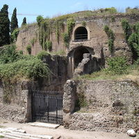 800px-Roma-mausoleo_di_augusto.jpg